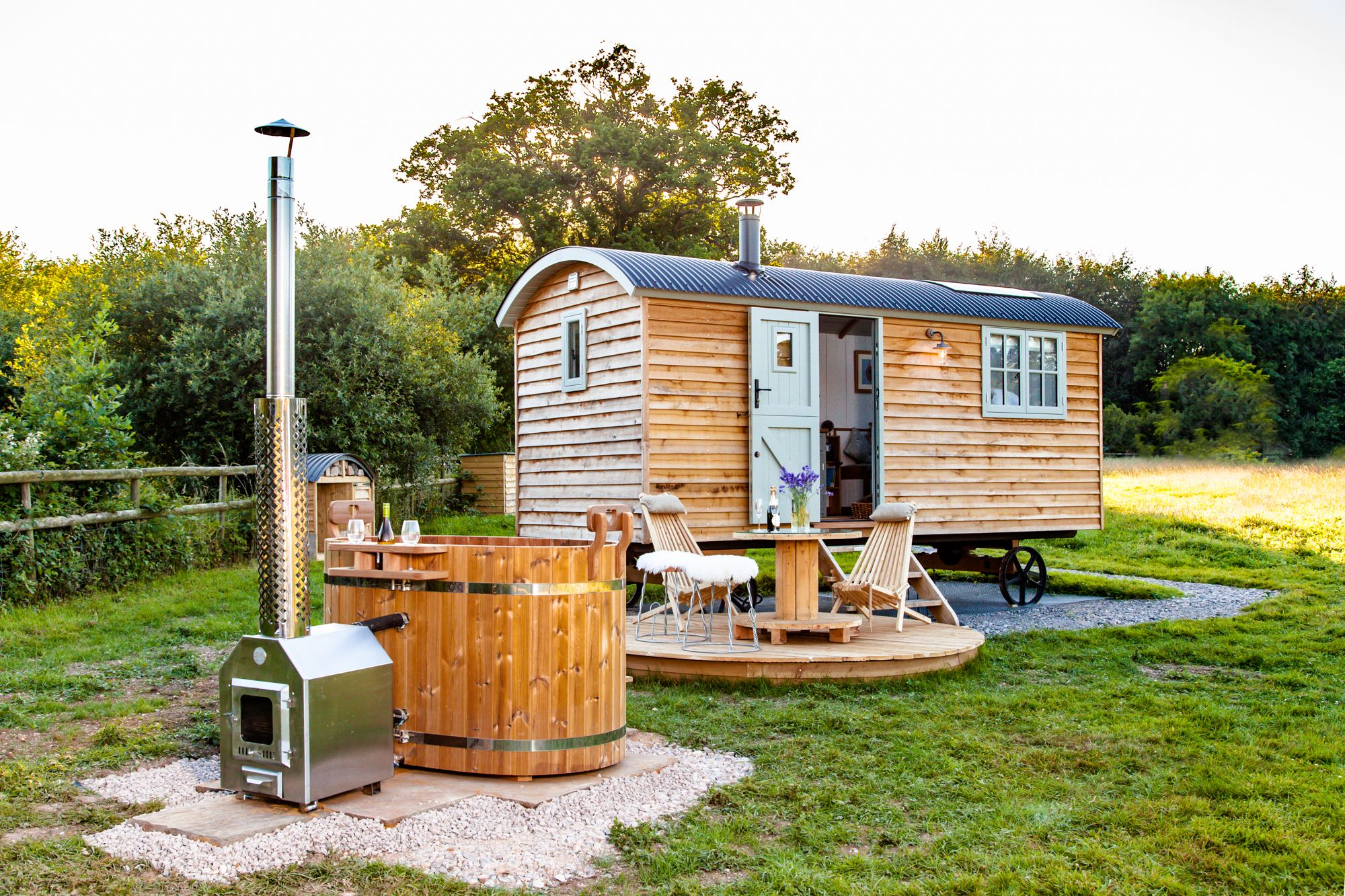 A stunning luxury shepherds hut with wood-fired hot tub near the New Forest National Park.