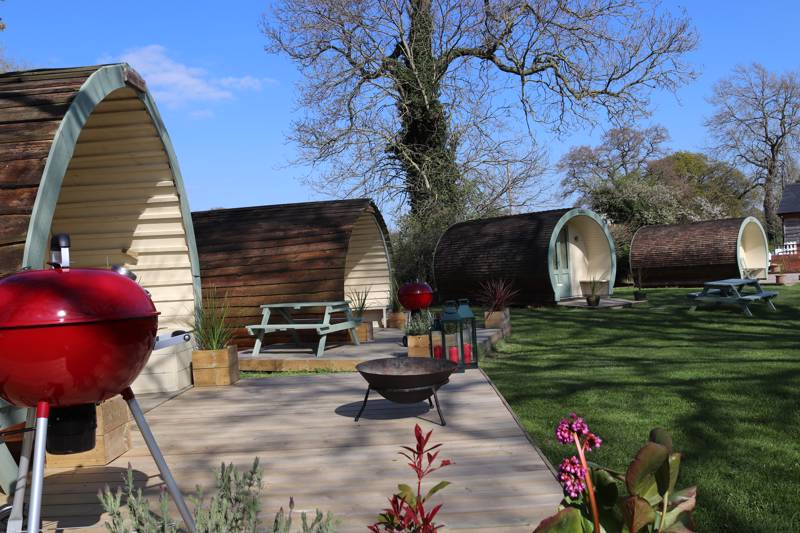 Big Bear Lodge Big Bear Lodge, Melverley, Nr Oswestry, Shropshire SY10 8PH