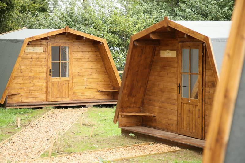 Pod glamping within walking distance of a charming Cotswolds' village