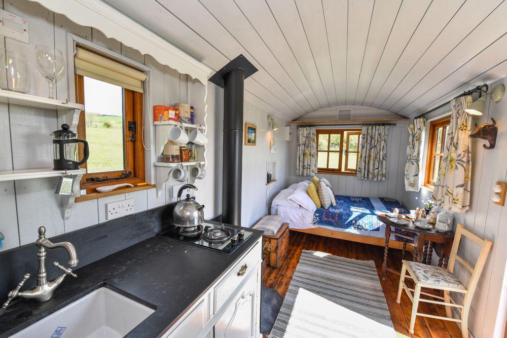 Frankshore Cabins
