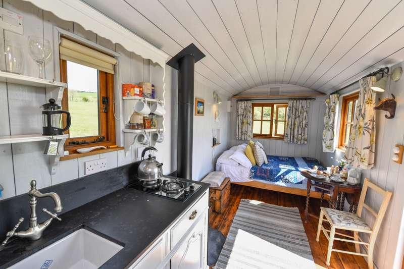 Frankshore Cabins Trussleton, Penally, Pembrokeshire