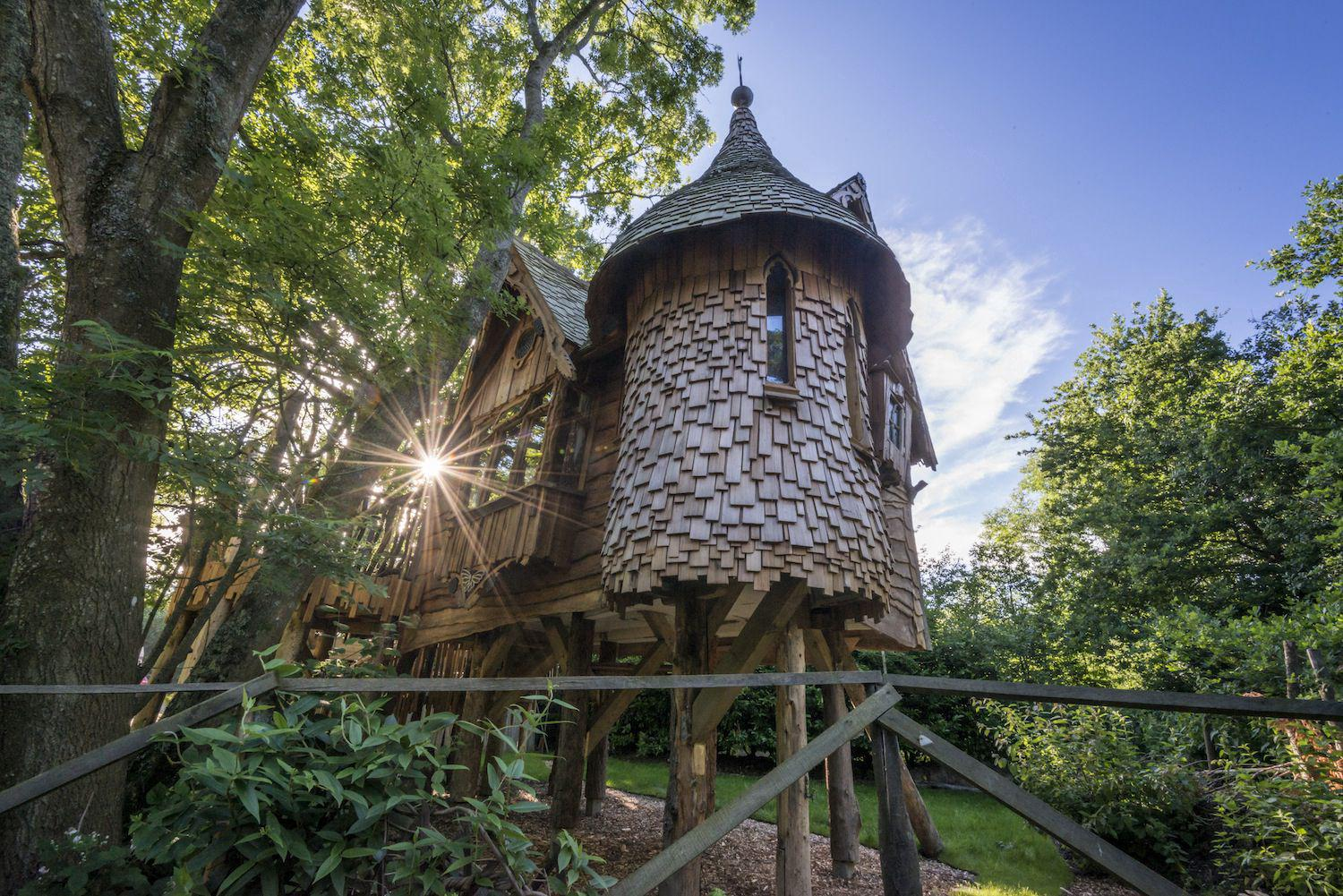 Higgledy Treehouse, Sussex