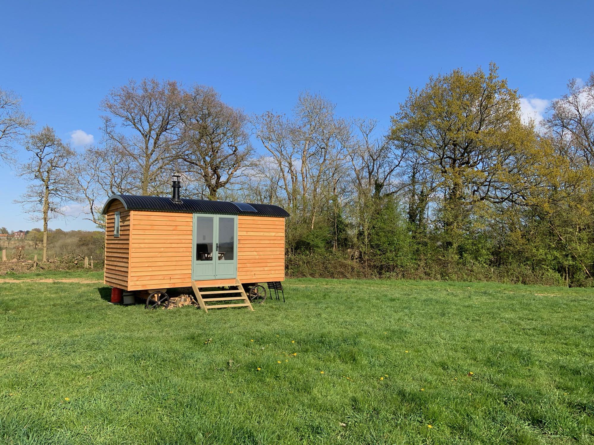 Glamping in Sevenoaks holidays at Glampingly