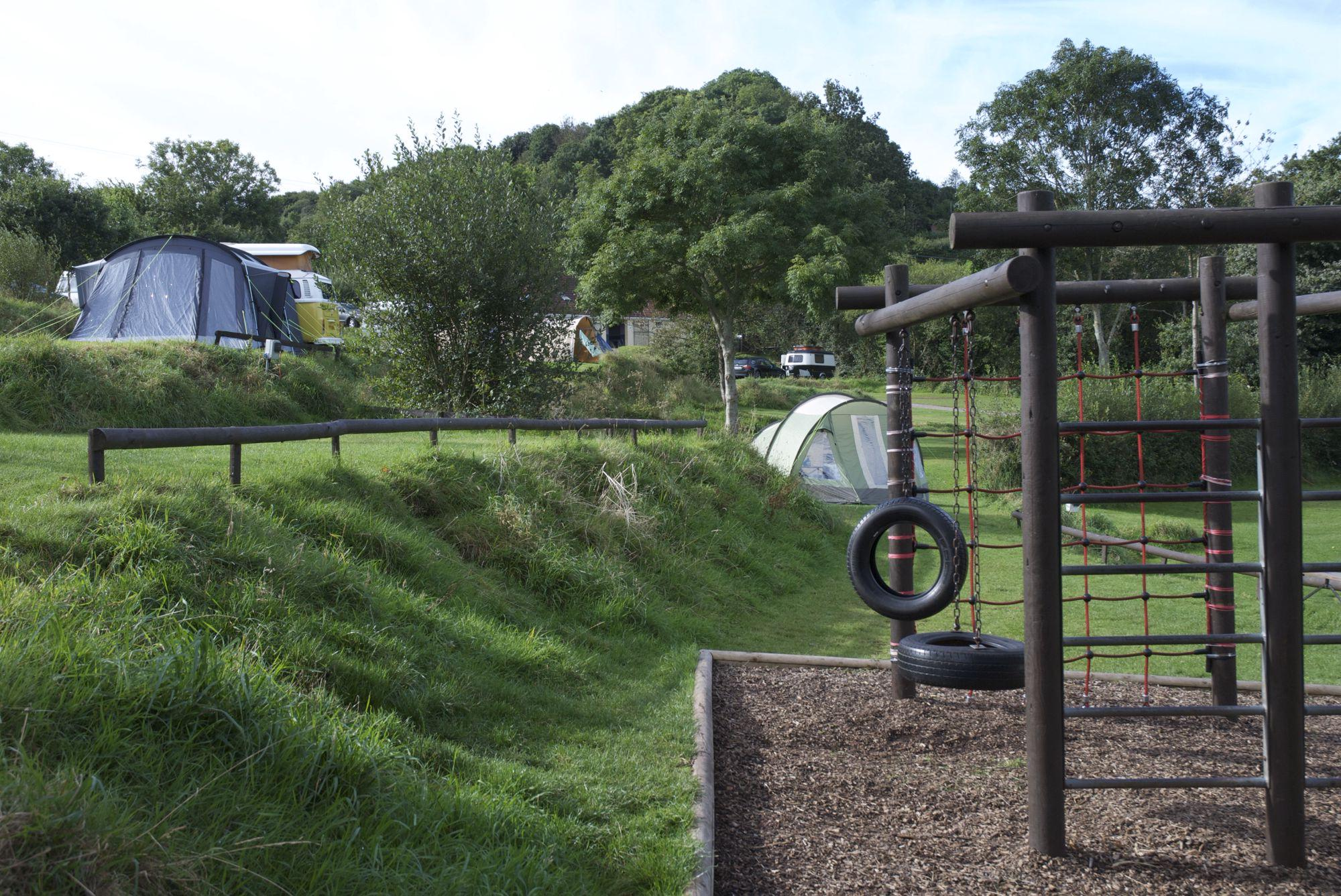 Seaton Camping | Best campsites in Seaton, Devon