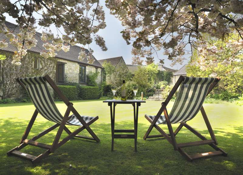 Cool Places to Stay in the UK - contemporary hotels, B&Bs, holiday cottages and glamping