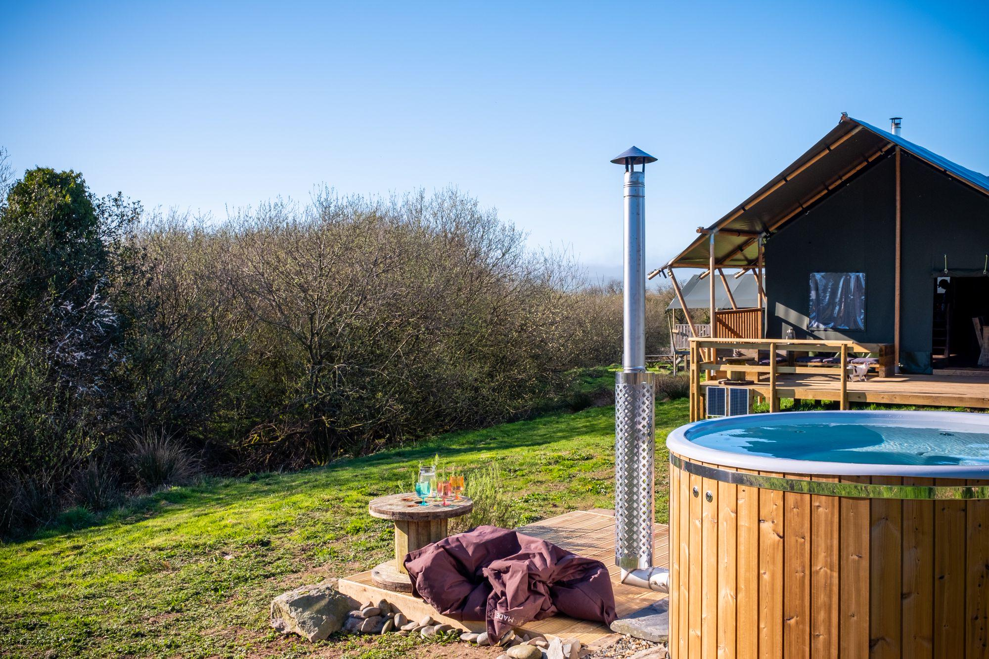 Hot Tub Glamping in Ceredigion | Glampsites with jacuzzis in Ceredigion