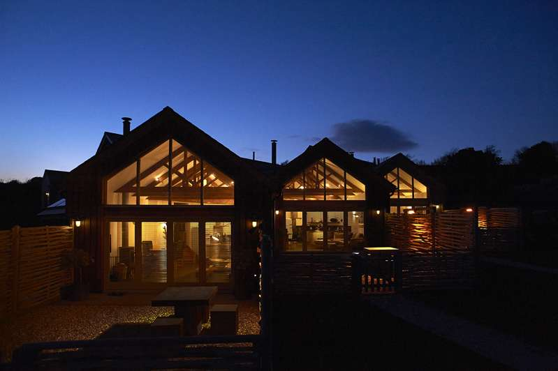 Merlin Farm Cottages, Mawgan Porth Mawgan Porth Cornwall TR8 4DN