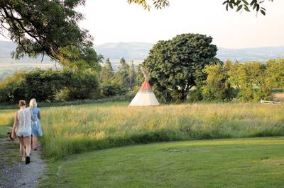 Foxholes Castle Camping Montgomery Road, Bishops Castle, Shropshire SY9 5HA