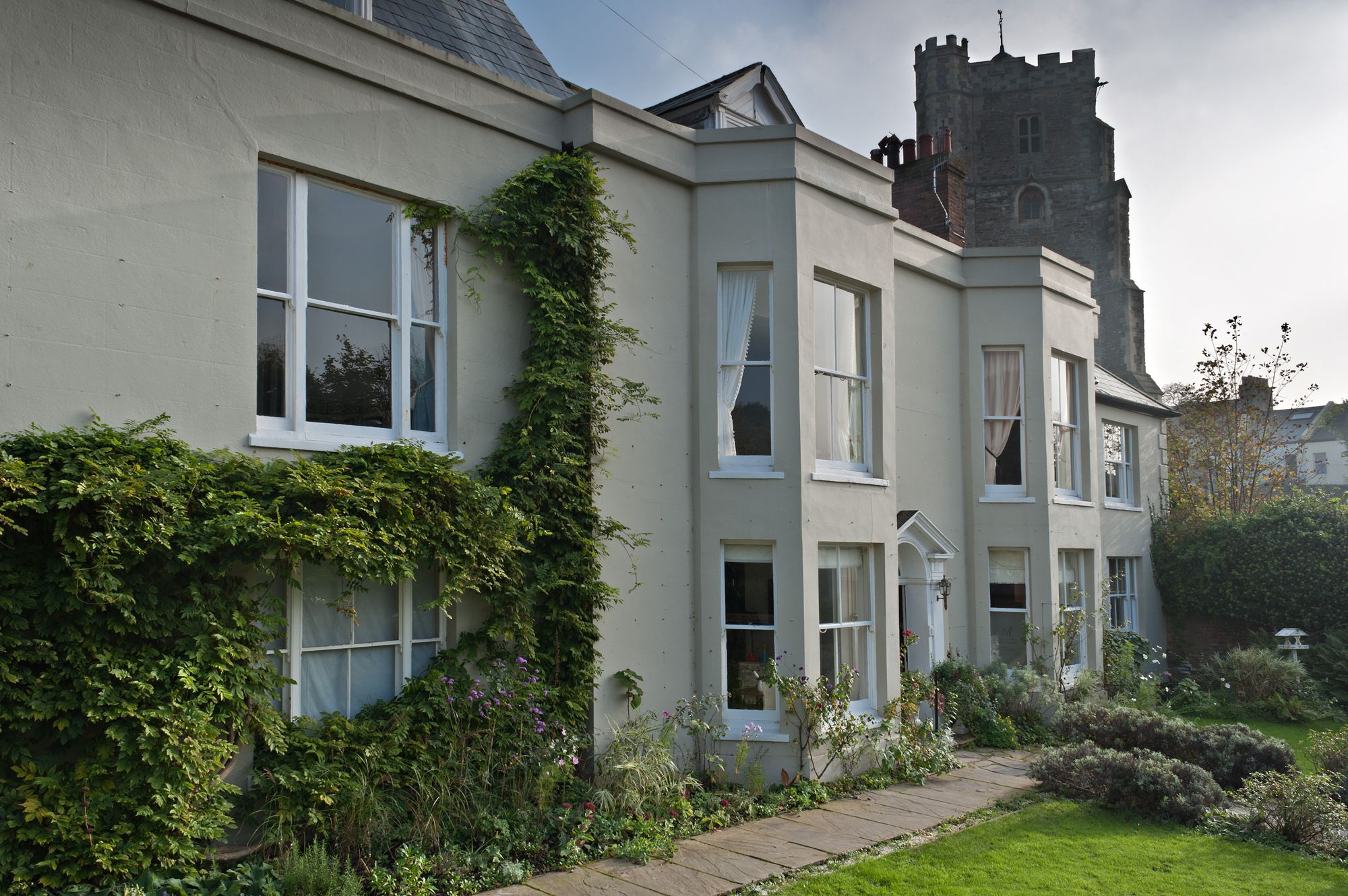 Places to Stay in Hastings holidays at Cool Places