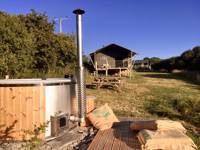 Otter Lodge with wood fired hot tub
