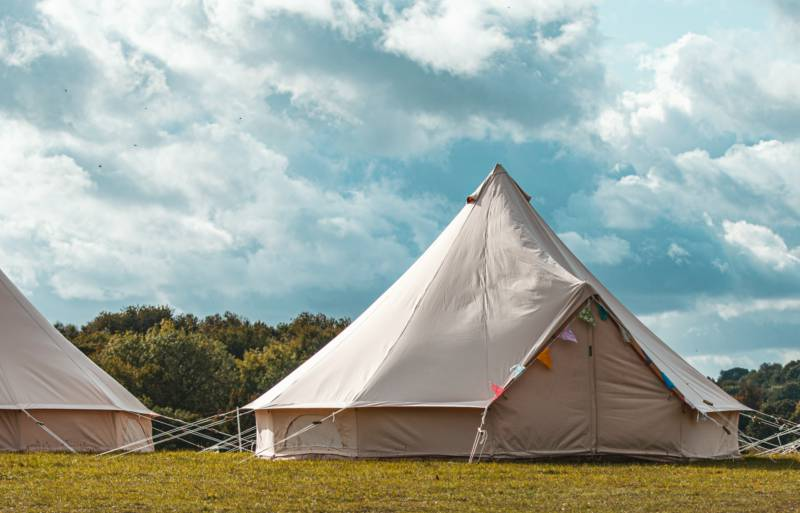 Standard Bell Tent (1 Double & 2 Single Beds)