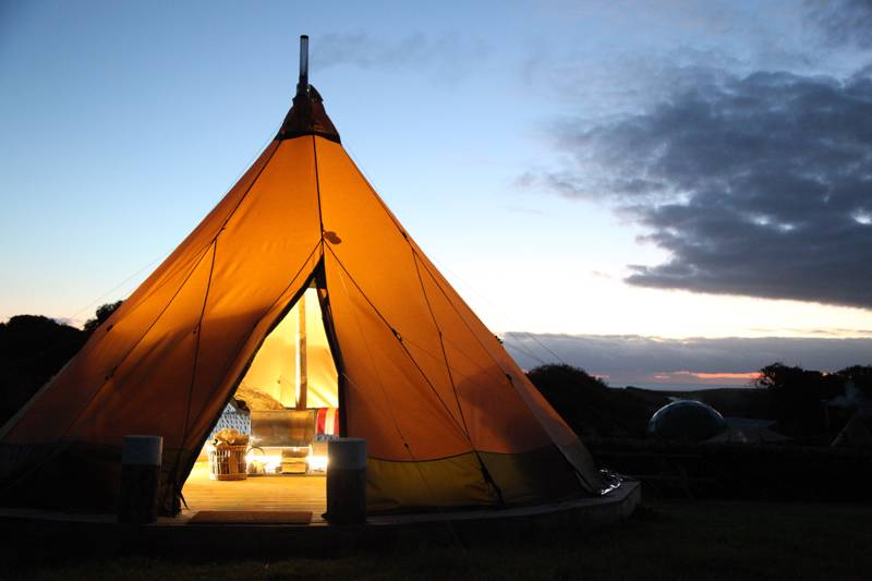 Winter Glamping in Devon – Glampsites Open All Year