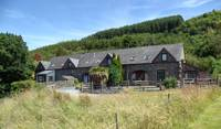 Ty'r Adâr (House of Birds) cottage
