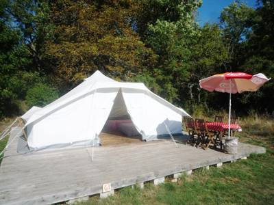 Furnished Tent 3-5 people