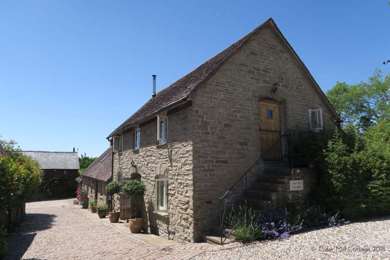 Cider Mill Cottage Ayngstree Clifton Upon Teme  Worcestershire WR6 6DS