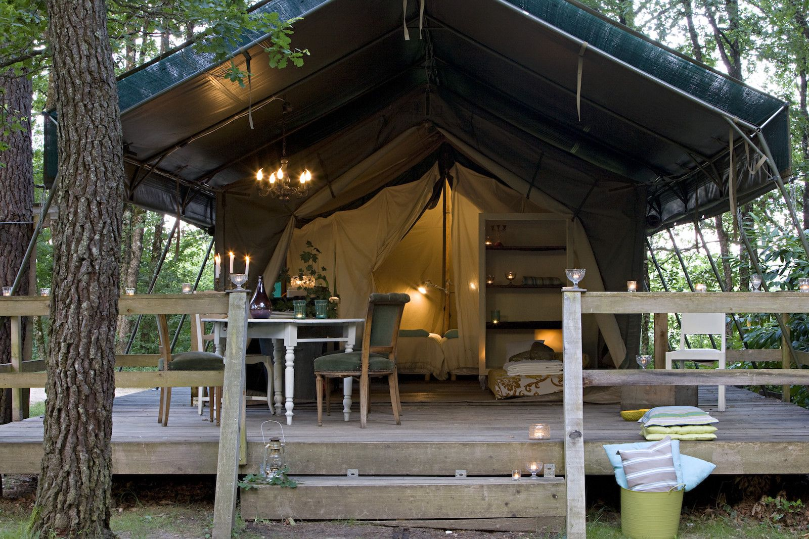 Glamping in Aquitaine holidays at Glampingly