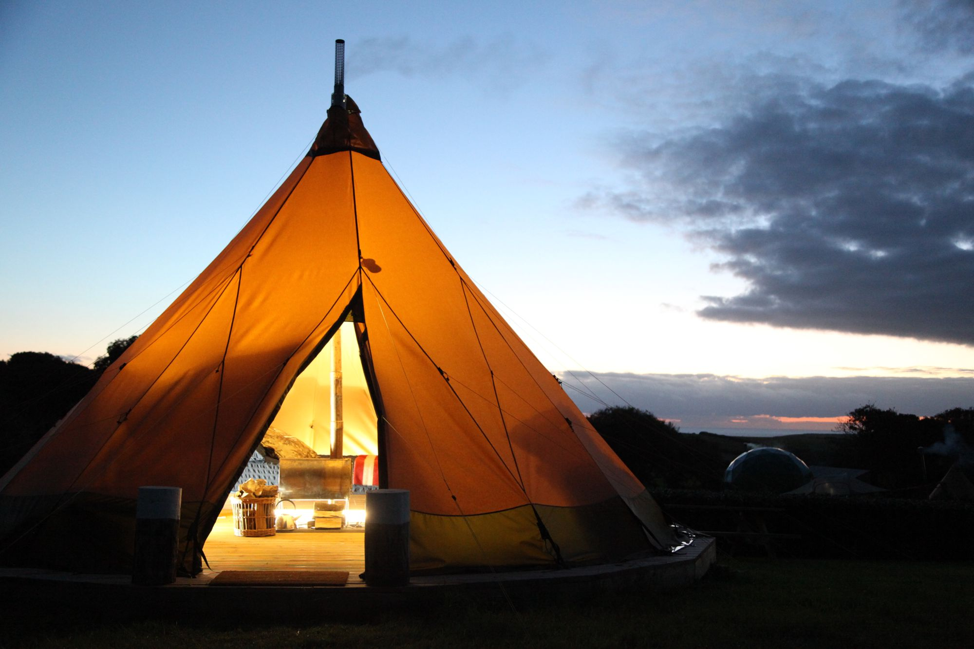 Bright, modern and über luxurious, the luxury pod on this eco-conscious North Devon is the very essence of glamping. Better yet, they allow tents too!