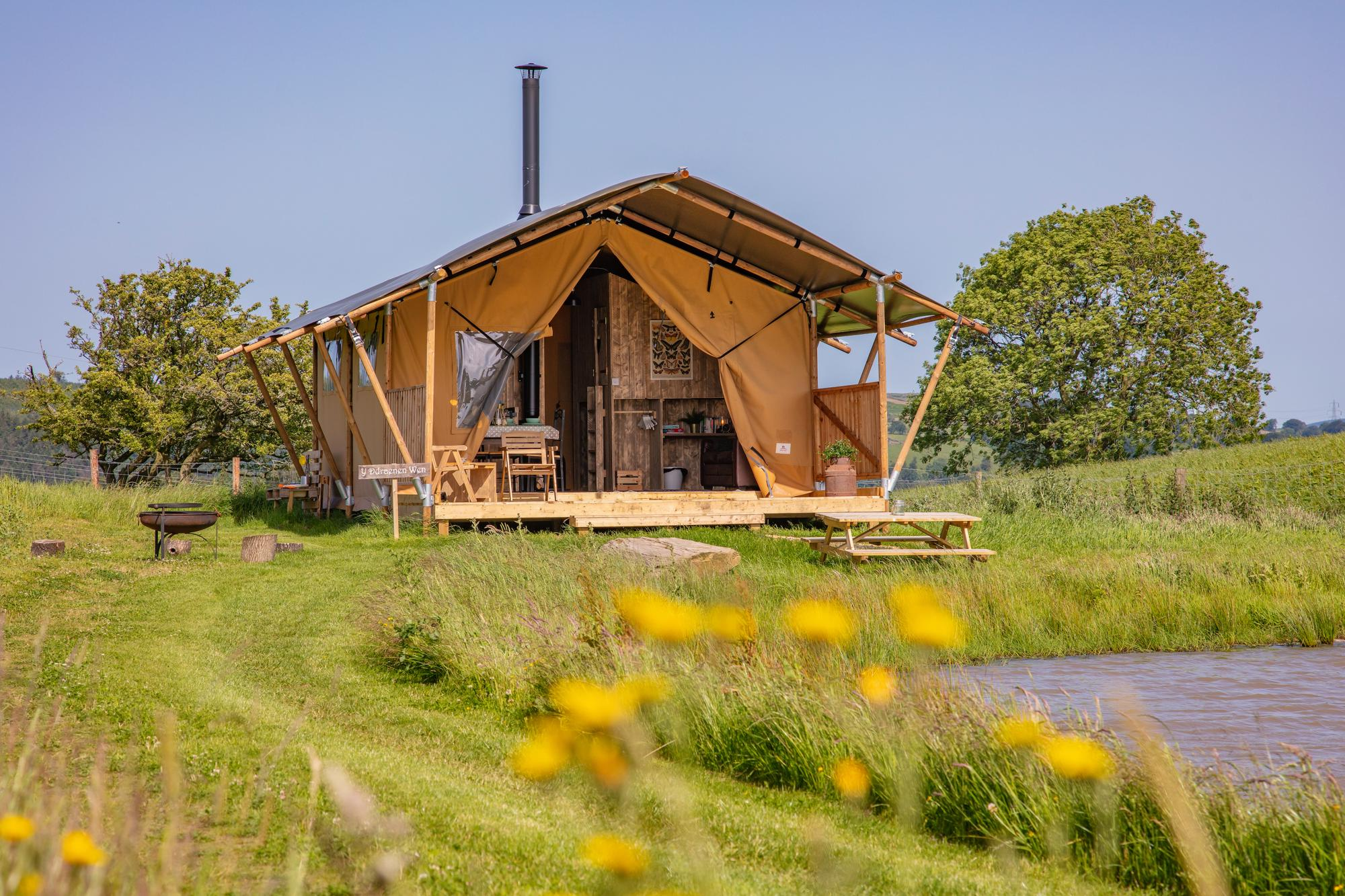 Glamping in Caerphilly holidays at Glampingly
