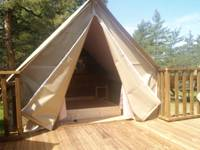 Le Nid - Wooden Tree Camping!
