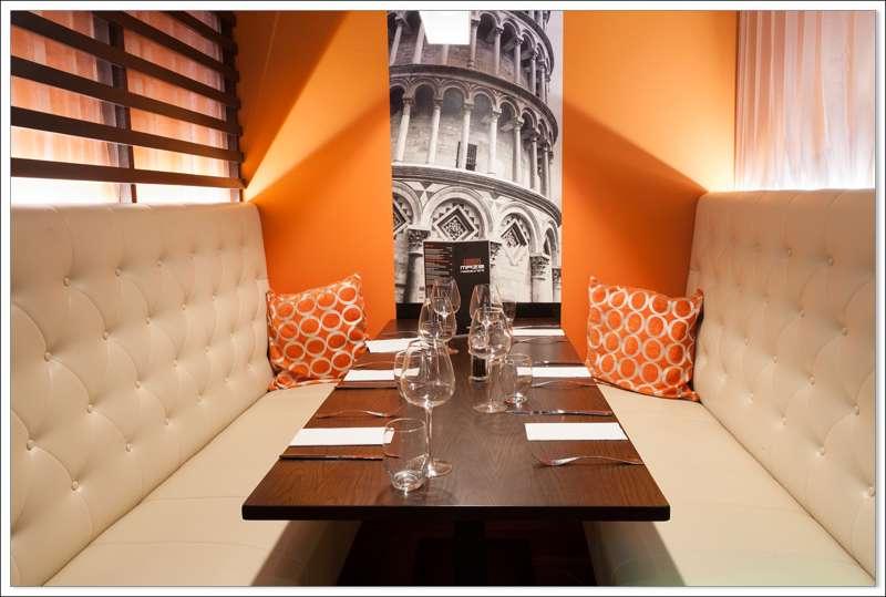 Maze Restaurant & Bar