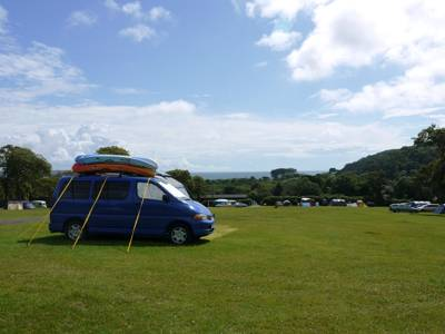 A beach within reach and a traditional camping experience without any fuss – top notch Gower camping.