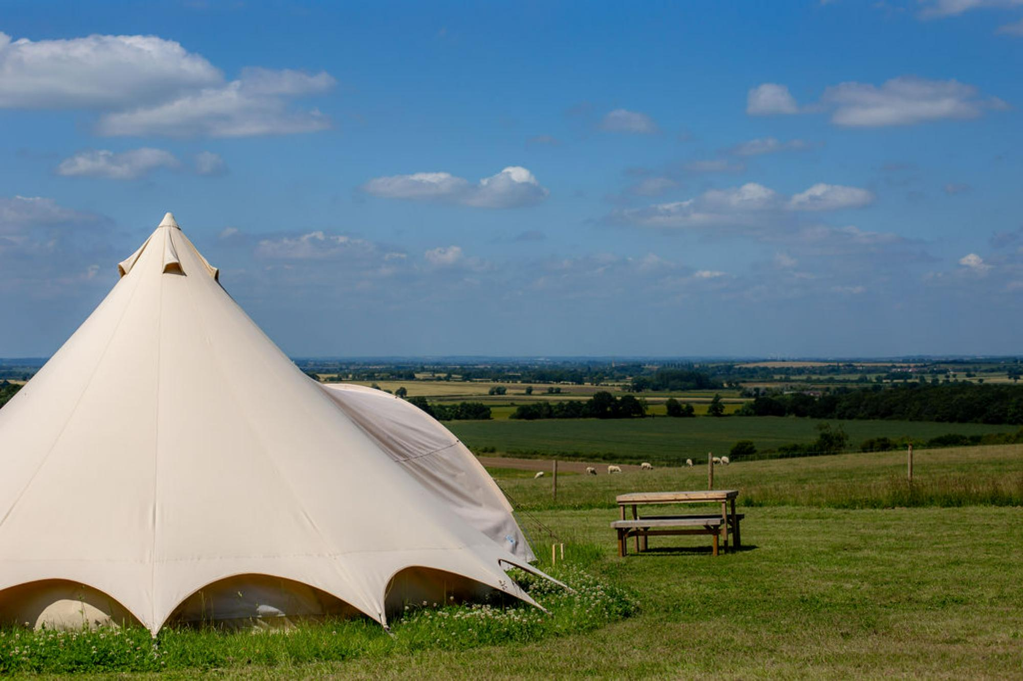 Glamping in Grantham – Glampingly