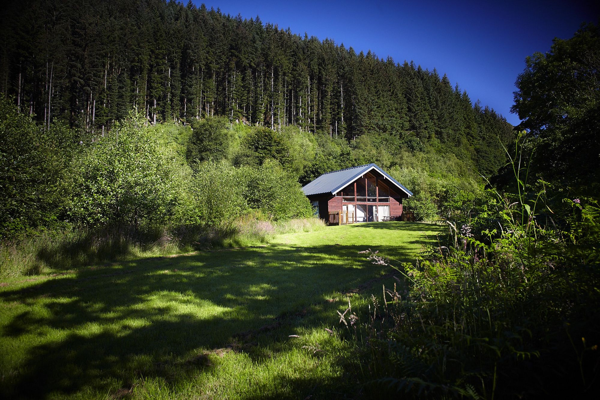 Hotels, Cottages, B&Bs & Glamping in Central Scotland - Cool Places to Stay in the UK