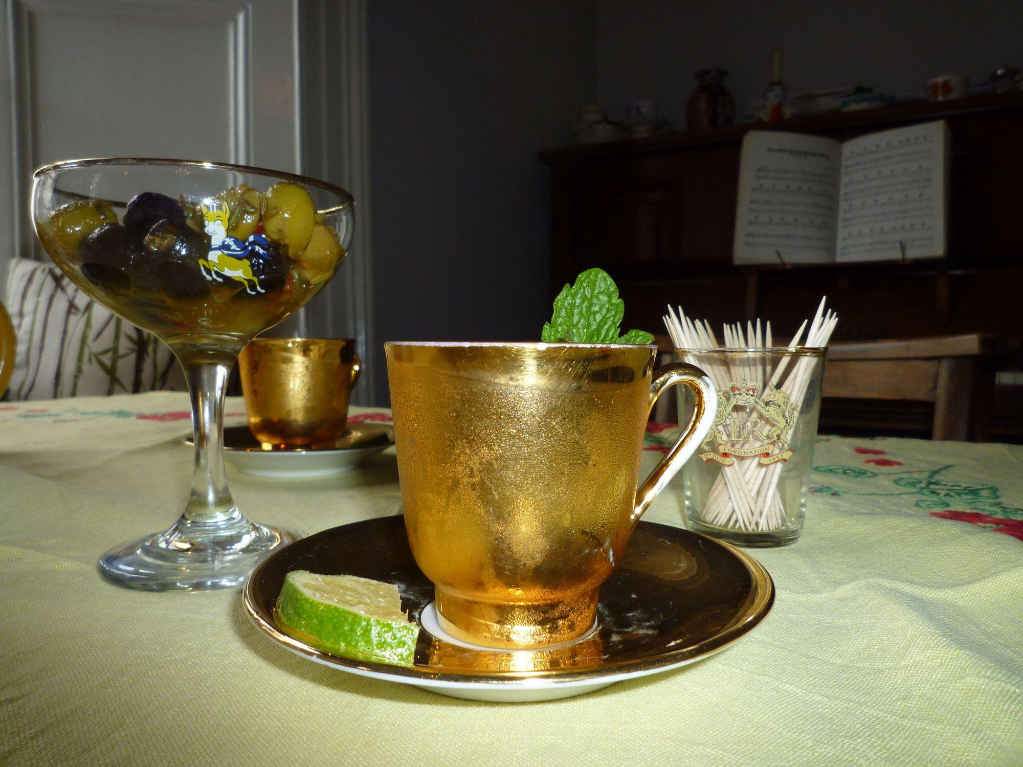 Dolly's Tea Room & Wine Bar