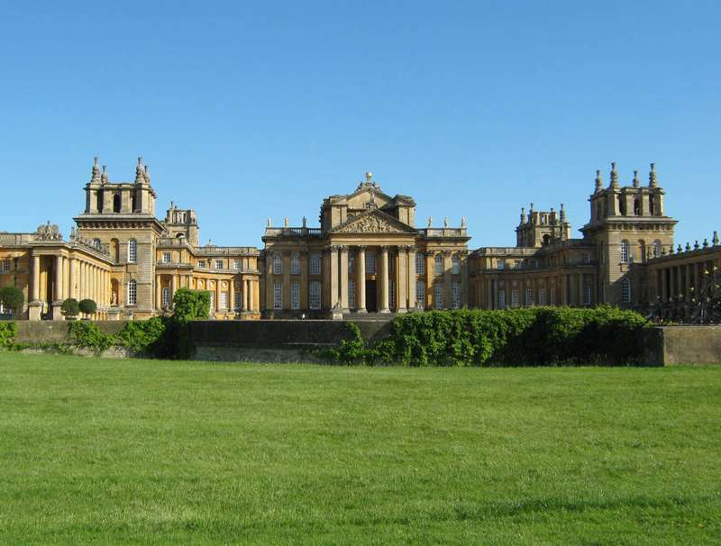 Hotels, Cottages, B&Bs & Glamping in Oxfordshire - Cool Places to Stay in the UK