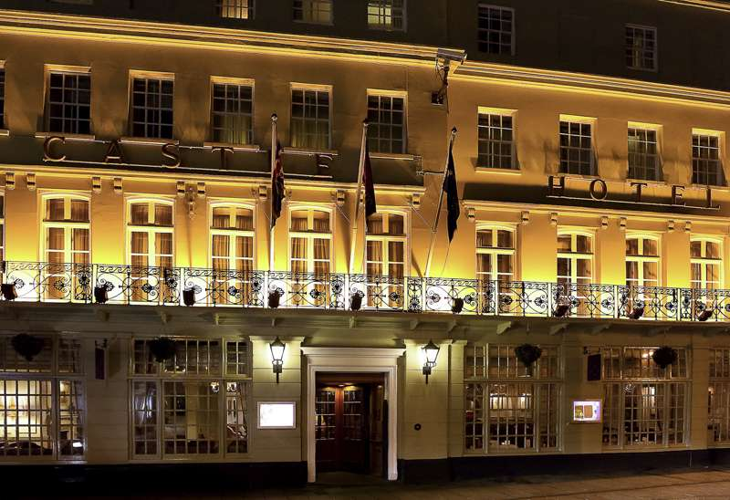 Mercure Windsor 18 High Street Windsor Berkshire SL4 1LJ