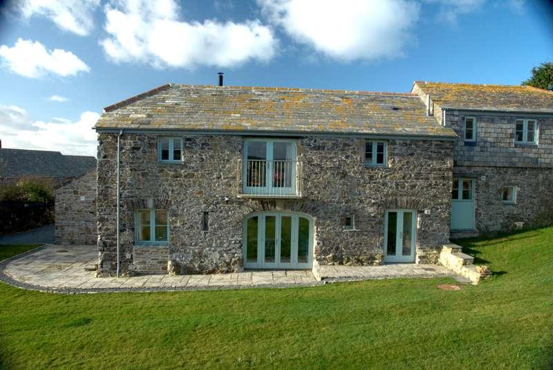 Moyles Farm Moyles Farm, St Minver, Cornwall PL27 6QT