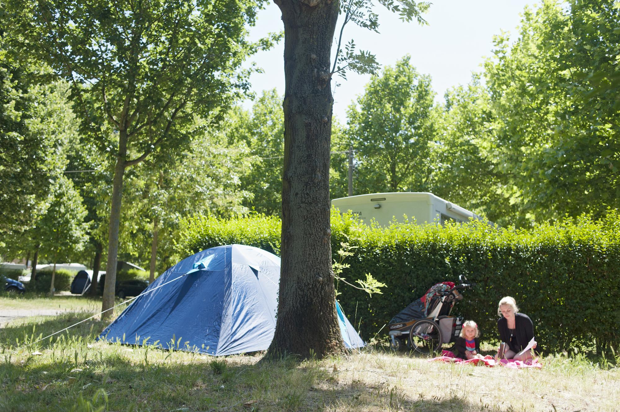 Camping De Paris , Paris Campsites, Ile
