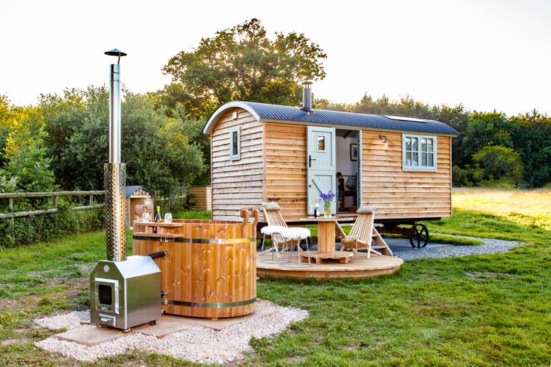 10 Romantic Shepherd's Huts with Hot Tubs