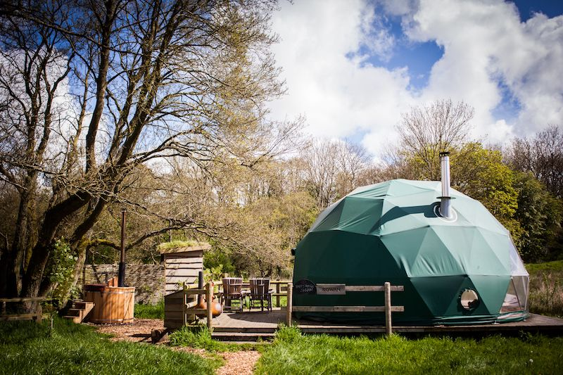 Glamping in Hay-on-Wye holidays at Glampingly