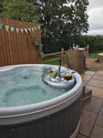 Deluxe luxury pod with private hot tub