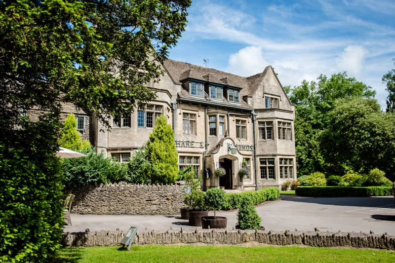 Hare and Hounds Hotel Bath Rd, Westonbirt, Tetbury, Gloucestershire GL8 8QL